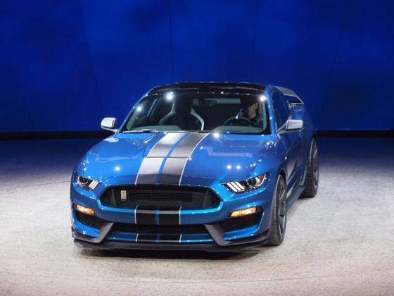 2015 Ford Shelby Mustang GT350R unleashed