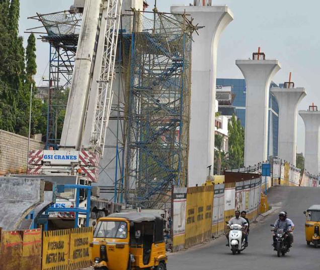 Hyderabad metro project land acquisitions to be expedited